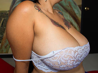 Carmen - 42G - Gorgeous young and busty latina